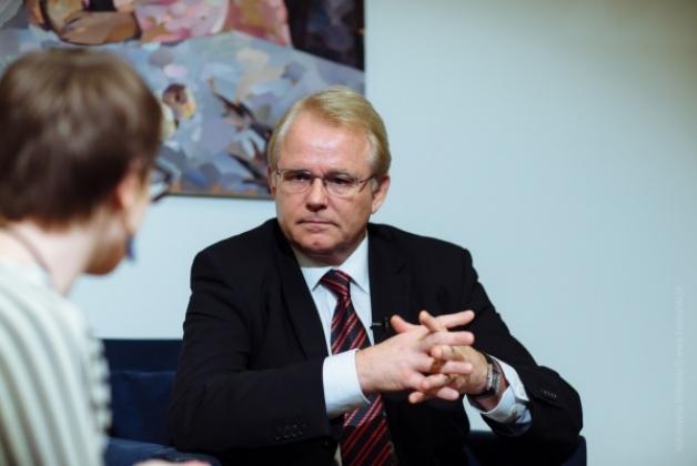 МЗС Німеччини: Для змін в Україні потрібно міняти менталітет політиків Поштівка