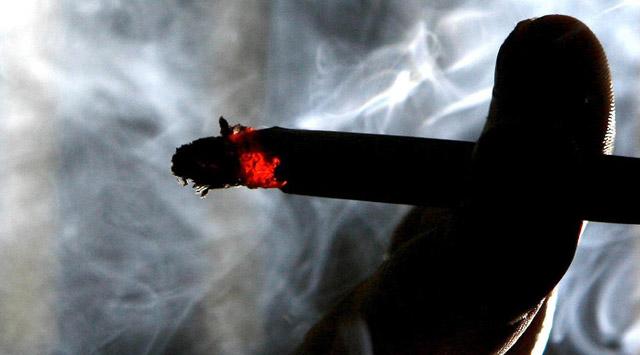 Пасивне куріння підвищує на 30% ризик інсульту Поштівка
