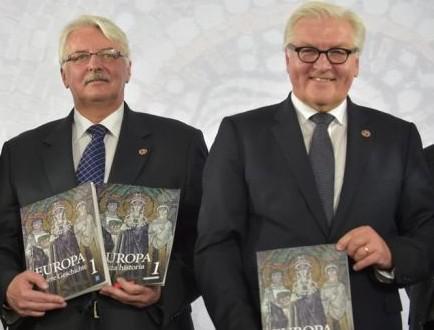 Польща та Німеччина видали спільний підручник з історії Поштівка