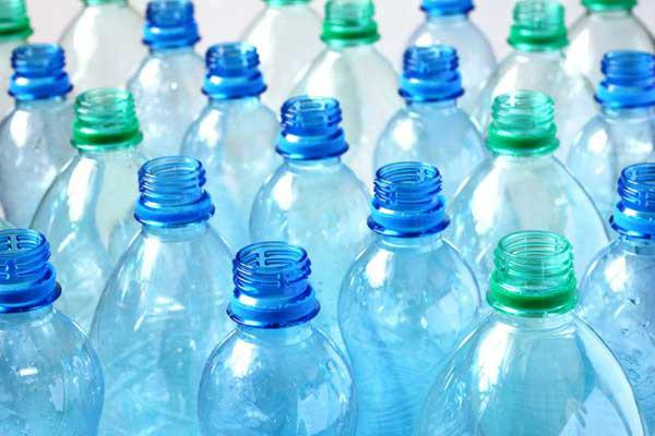 Пластмасу навчилися переробляти в паливо Поштівка