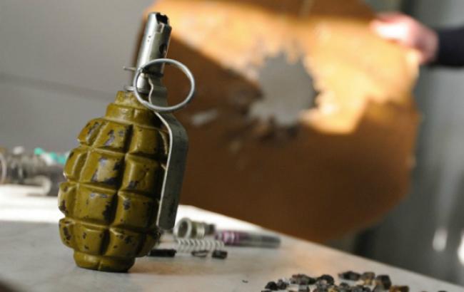 У зоні АТО батько підірвав гранатою трьох дітей Поштівка