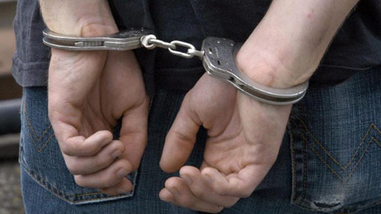 У Києві поліція затримала грабіжників на мотоциклах Поштівка