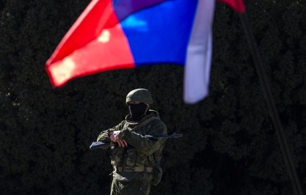 Турчинов: Росія може діяти за одним з двох сценаріїв для підкорення України Поштівка