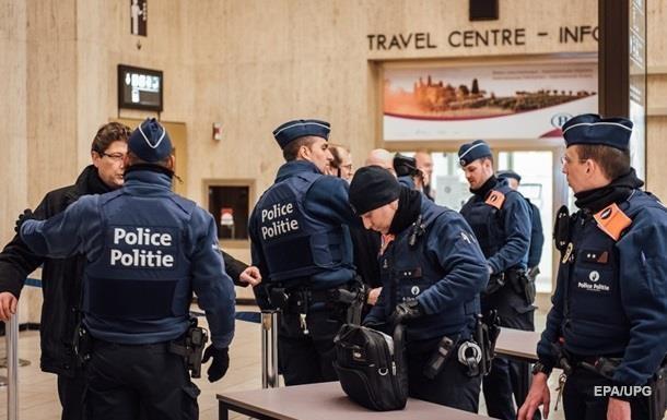 Біля інституту кримінології в Брюсселі стався вибух Поштівка