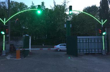 У Києві з'являться експериментальні світлофори Поштівка