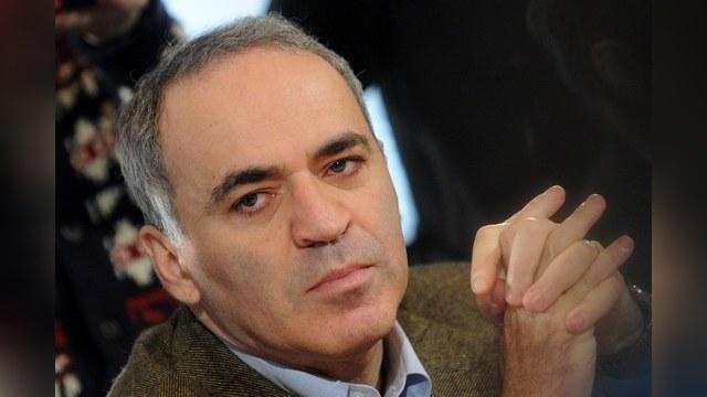 Каспаров:Після усунення Путіна РФ поверне Крим Україні Поштівка