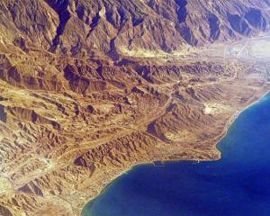 На дні Перської затоки археологи виявили древні консерви Поштівка
