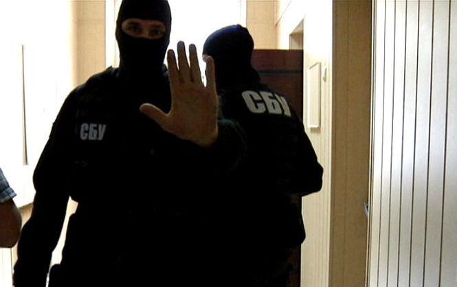 СБУ провела обшуки в компаніях, які транслюють заборонені російські телеканали Поштівка image 2
