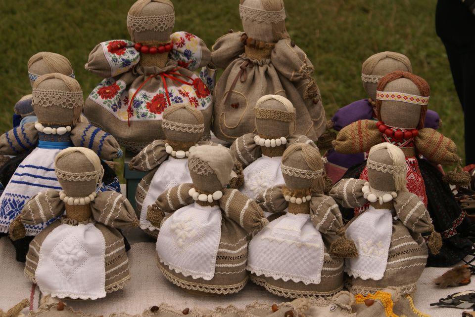 Ляльки мотанки Україна