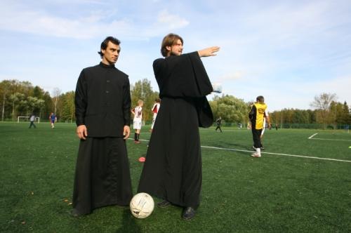 У РПЦ хочутьпризначити для футбольної збірної РФ штатного священика Поштівка