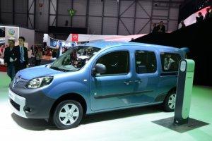 В Україні з жовтня з'являться електрокари Renault Поштівка image 2