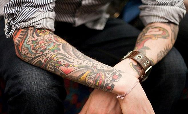 Татуювання допомагають влаштуватися на цікаву роботу Поштівка