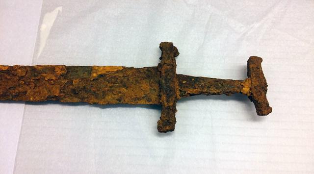 В Ісландії знайшли меч вікінгів Поштівка
