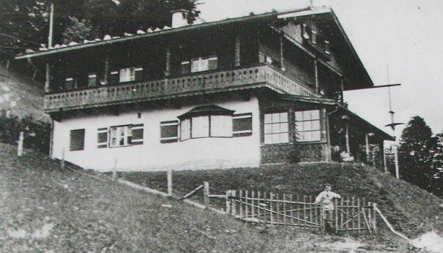 В Австрії знесуть будинок, у якому народився Гітлер Поштівка