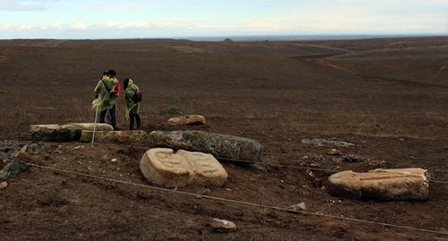 Житель села знайшов 8 пам'ятників до нашої ери Поштівка