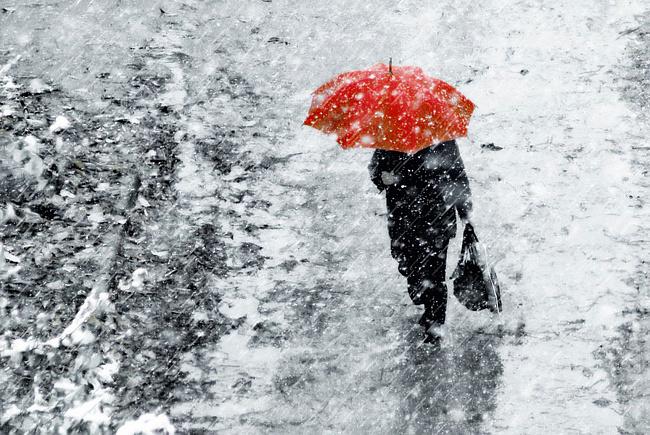 ДСНС попереджає про сильні дощі з мокрим снігом Поштівка