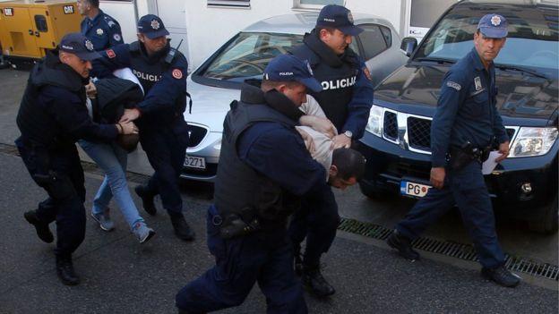 В Чорногорії розкрито спробу вбивства прем'єра, за якою стоять росіяни Поштівка