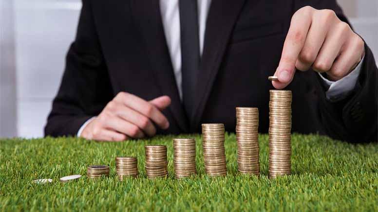 Земельний податок у 2017 потрібно заплатити до 29 серпня – хто і скільки платить