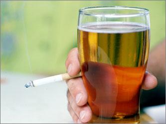 Українці витрачають дедалі більше грошей на алкоголь і тютюн