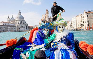 """Путінські ЗМІ спіймали на брехні про """"парламент Венеції"""" Поштівка"""