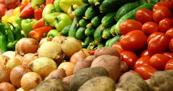 В Україні стрімко дешевшають овочі Поштівка