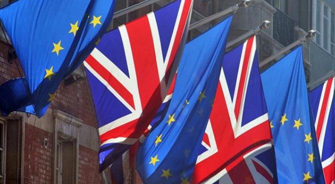 45% британців підтримує вихід з Євросоюзу Поштівка