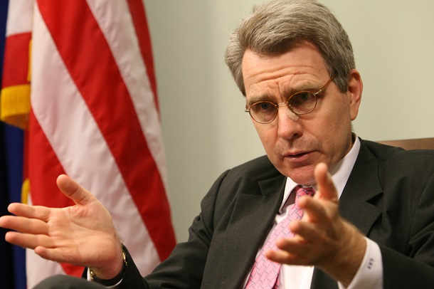 """США: ліквідація """"Кримського федерального округу"""" РФ не змінить санкції Поштівка"""