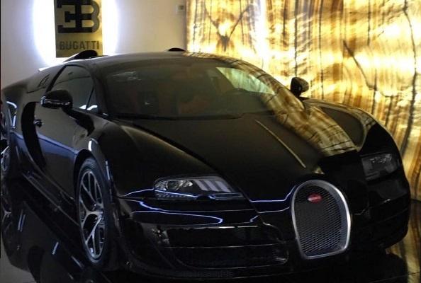 Роналду купив собі Bugatti Veyron після перемоги на «Євро» Поштівка