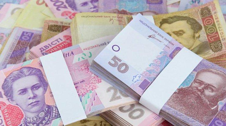 Середня зарплата по Україні зросла до 5 тисяч гривень Поштівка image 3