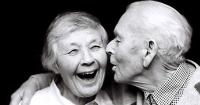 Закоханість покращує здоров'я людини Поштівка
