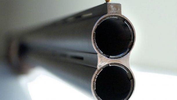 На Закарпатті «коп» підстрелив свого колегу Поштівка