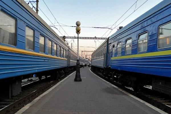 «Укрзалізниця» планує до кінця 2018 року виключити з робочого парку 146 пасажирських вагонів