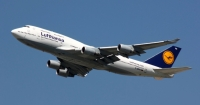 Через страйк пілотів в аеропортах скасовують рейси Поштівка
