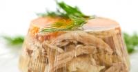 Холодець: рецепт новорічної страви зі свинини Поштівка