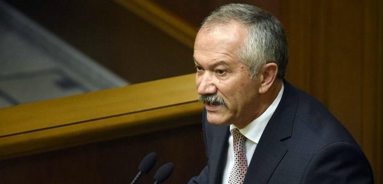 """Пинзеник каже, що в Україні хочуть створити """"офшор для обраних"""" Поштівка"""