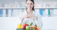 10 продуктів, що насправді не шкідливі для дієти Поштівка