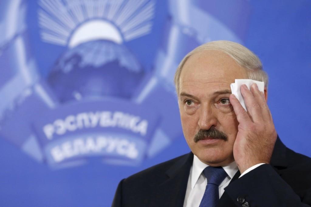 """Лукашенко відмовився називати РФ """"братньою державою"""": лише партнером"""